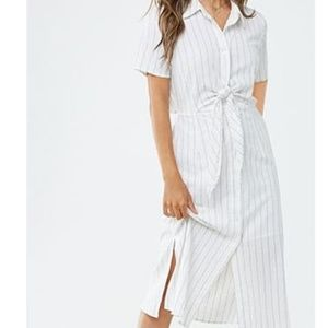FOREVER 21 NWT Midi striped dress
